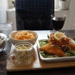 Riche - 料理写真:アジフライの野菜ビネガーセット(2017.3.30)