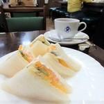 エビアンコーヒー - サンドイッチセット(フルーツサンド)
