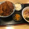 江戸屋 - 料理写真:タルタルソースカツ丼。