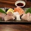 かかし - 料理写真:刺身の盛り合わせ これで一人前