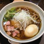 柳麺 呉田 - 「醤油らーめん」820円+味玉