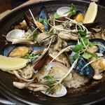 Oyster house Kai - 「牡蠣とkaiのパエリア」