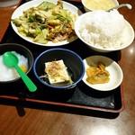 美叙飯店 - スタミナ定食ご飯大盛560円