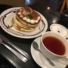 ベル・ヴィル - 料理写真:ティラミスパンケーキ 4枚、アールグレイ