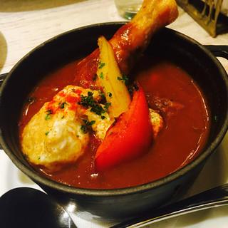 キュイエール - 料理写真:バスク風カレー 900円