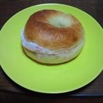 コシニール - ストロベリークリームチーズベーグル