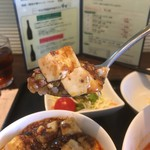 チャイニーズ 芹菜 - 麻婆丼は豆腐とひき肉たっぷり