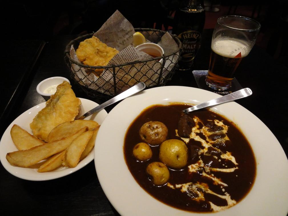 ブリティッシュカフェ&パブ オクゾ  近鉄四日市店