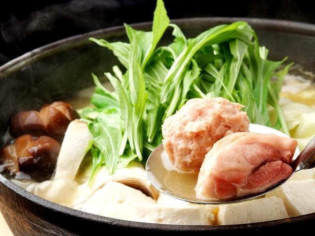 https://tabelog.ssl.k-img.com/restaurant/images/Rvw/6487/640x640_rect_6487941.jpg