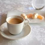サン・マキアージュ - ミニャルディーズ、コーヒー