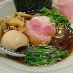麺処 きなり - 特製濃口醤油そば 1030円