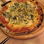オットー チェルボ - シラスときのこのピザ