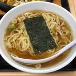 大盛軒 - 「鉄板麺」880円の半ラーメン