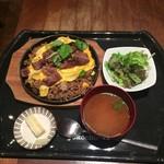 64932093 - 鉄板そばめし定食、1,274円