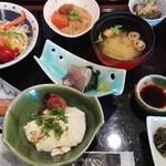 憩いの料亭 白竜湖 - 朝食です!