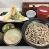 いずみ食堂 - 料理写真:海老天2本春菊の天ぷら、350円です。
