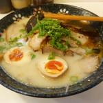 ラーメン奈々 - 料理写真:味玉奈々ラーメン+チャーシュートッピング