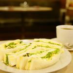 マヅラ喫茶店 - タマゴサンド (¥500)、コーヒー (ホット) (¥250)