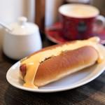 キアズマ珈琲 - チーズドッグ