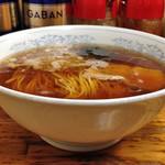 一麺 - ラーメン650円(横)