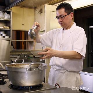 創業75年の老舗ならではの、「家庭では味わえない家庭料理」