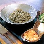 芦屋川 むら玄 - 温かい蕎麦もあるが、基本的には打ちたての冷蕎麦をおすすめ