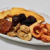 Vegetus - 料理写真:ドライフルーツ500円分…8種類のドライフルーツが入っています