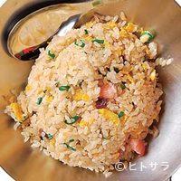 真怡記 - 半炒飯とピリ辛そばのセット950円