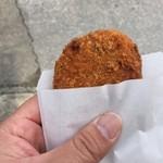 釜新肉店 - イカメンチ
