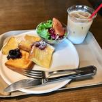 ザ・ラボ カフェラボ - 朝のフレンチトーストセット(アイスカフェラテ)