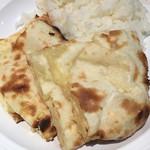 印度 - ライスとチーズナン