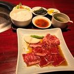 樽一 - 料理写真:焼肉ランチ1080円(税込)