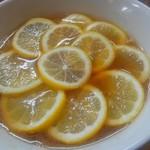 りんすず食堂 - 料理写真:レモンラーメン、初めてなら矢張これから。