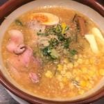 らー麺 潮騒 - 料理写真:味噌バターコーンラーメン