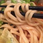 蔭山 - 中太麺