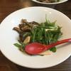 麺作 赤シャモジ - 料理写真:2017/04/08 香草豚のトンテキと旬野菜の冷やし麺 定番冷やし中華タレ 800円