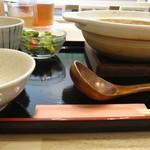 麦穂 - 味噌煮込みうどん。麦穂。安城市食彩品館.jp撮影