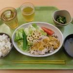 グリーンハウス - 「豚しゃぶすりおろし野菜だれ」¥640-
