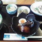 地産食堂 ひさみ - 地魚定食(1470円)