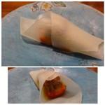 65207735 - ④フォアグラのクレープ、マンゴソースで。 フォアグラは甘いソースと合いますね。中に苺が入っています。