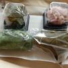 川村屋賀栄 - 料理写真:ひとつずつケースに入ったり・・・