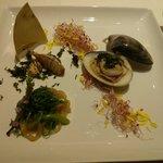 65220349 - 旬の海鮮、山菜香り豊かな前菜盛り合わせ