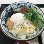 丸亀製麺 - 旨辛まぜ釜玉530円