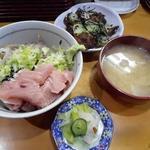 鈴女 - 銚子丼1000円とイワシのげんこつ揚げ600円