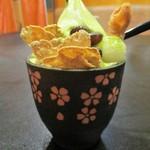 ニーニャ・ニーニョ桜小町 - 桜小町のお得なお昼セット の デザート:宇治抹茶クリーム かのこ豆と 抹茶ゼリーを添えて