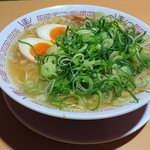 65274754 - 煮卵 中華そば 並(1玉) (ストレート麺・硬め・タレ濃いめ・葱多め・こってり) 650円