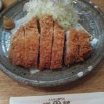 勝蔵 - 特上厚切りロースかつ定食2160円
