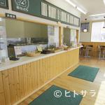 福田パン - 通勤、通学途中で立ち寄るお客様も多くいらっしゃいます