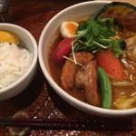 奥芝商店 - チキンスープ+やわらかチキンと大地の恵み+ホールトマト(無料トッピ)、税込1480円