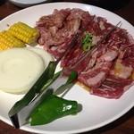 李朝園 - 170121定番3種盛合せ2840円ロース、カルビ、やわらかハラミ、焼野菜
